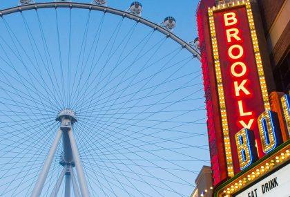 La mejor y ms moderna experiencia de compras y cena al aire libre en Las Vegas