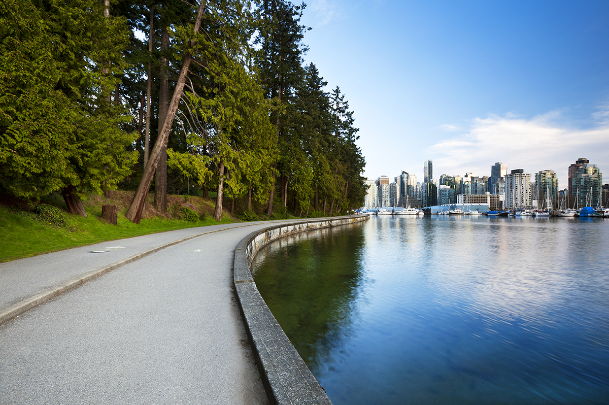 View along the Stanley Park seawall in Coal Harbour